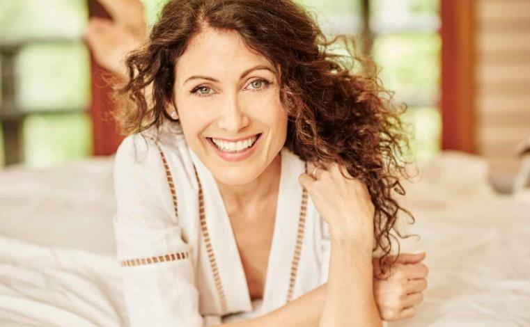 Lisa Edelstein Pic
