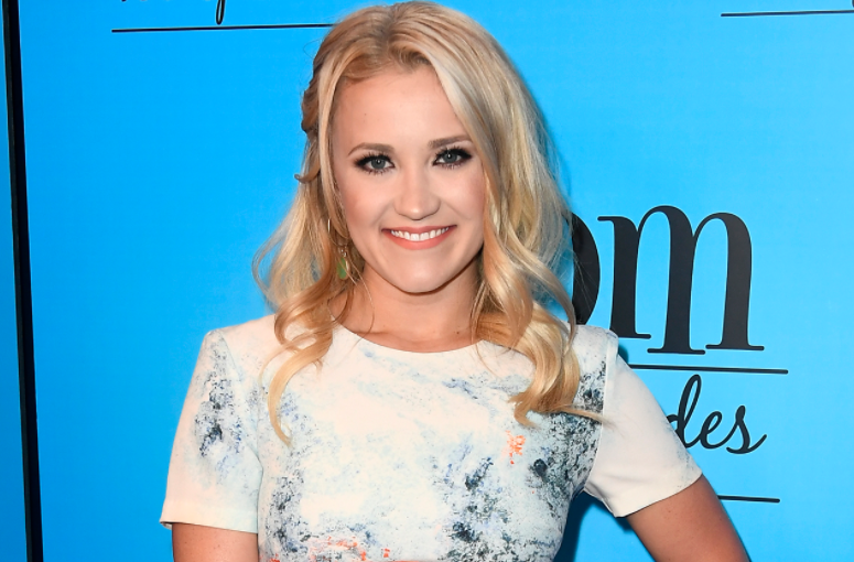 emily osment Pic